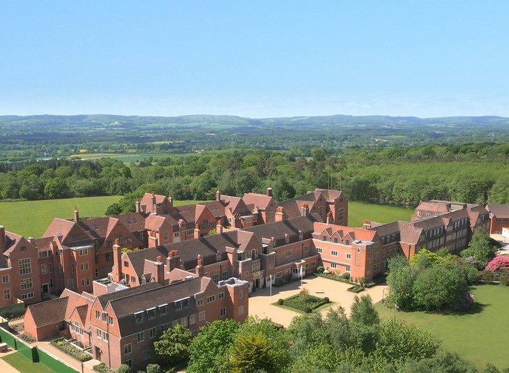 18 King Edward VII Estate (NW09)