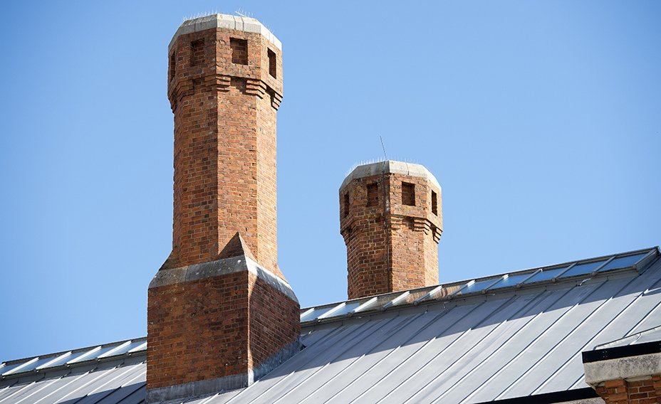 The_Old_Dorchester_Gaol_Chimneys_and_roof_detail