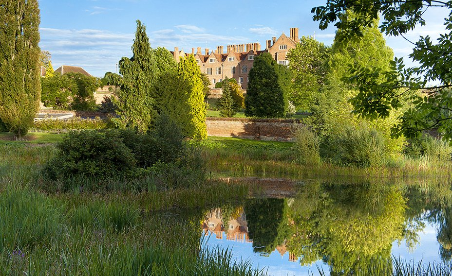 Bramshill_House_View across_to_the_Mansion2