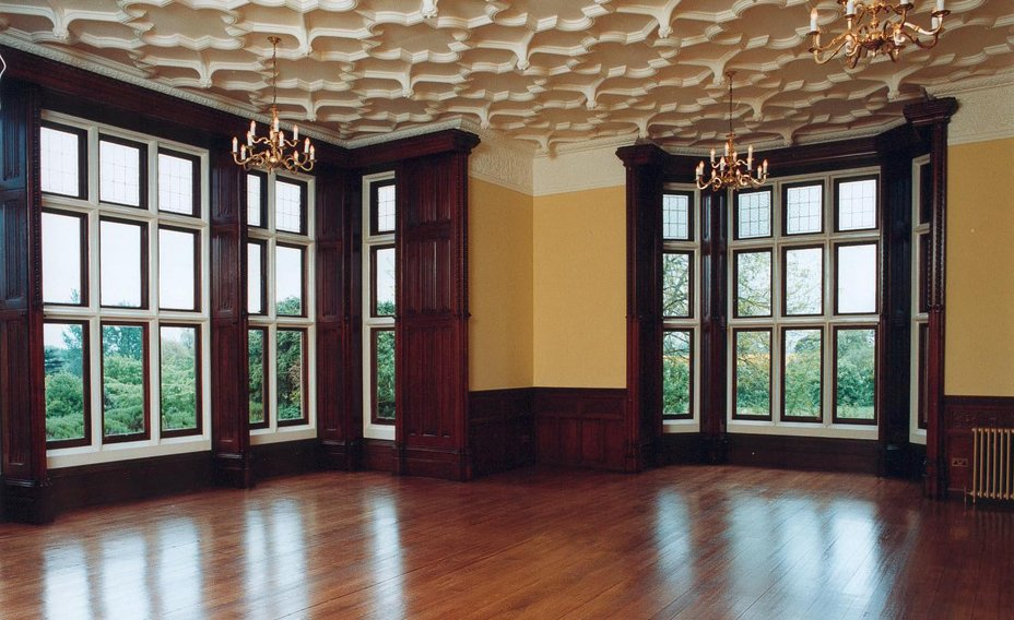 Gilston_Park_House_Large_room_with_cornicing